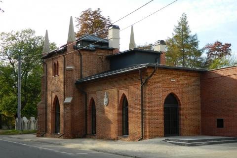 Siedziba biblioteki w Opatówku