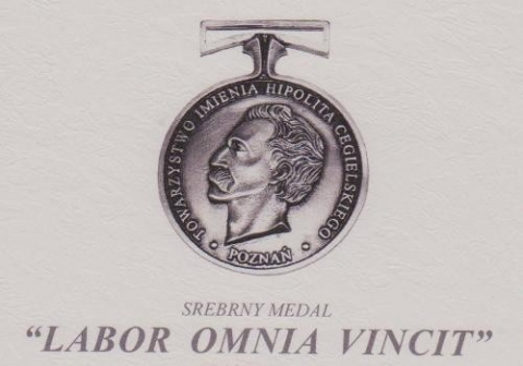 Medal Labor Omnia Vincit
