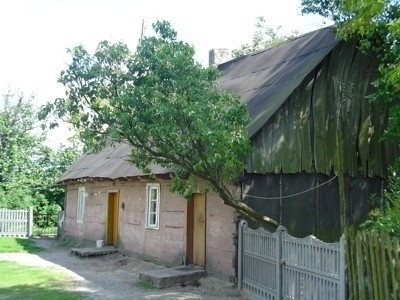 Jeden z najstarszych domów w Sierzchowie